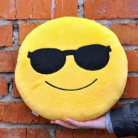 Подушка Emoji Sunglasses
